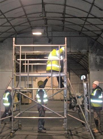 Tony Seddon assembling a tower